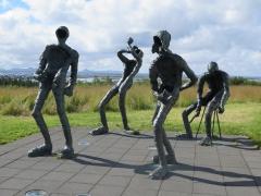 Skulpturen an Perlan.JPG
